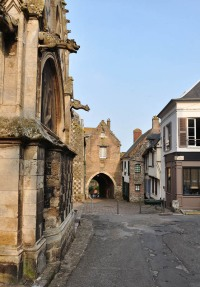Saint Valery Porte de Nevers