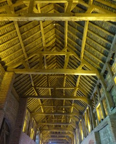 Stable roof