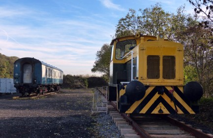 Yorkshire Wolds Railway GECT5576 of 79