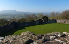 Outer walls and the Skirrid