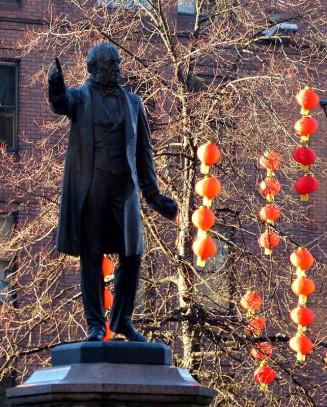 Gladstone and lanterns