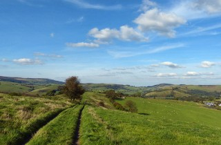 On Adstone Hill