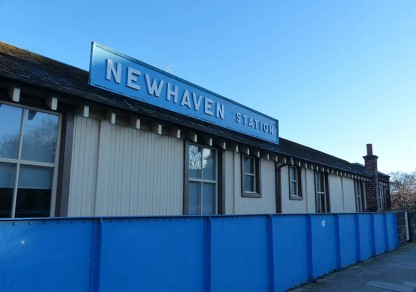 Newhaven railway station