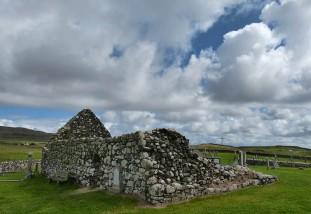 Trumpan - the ruined church
