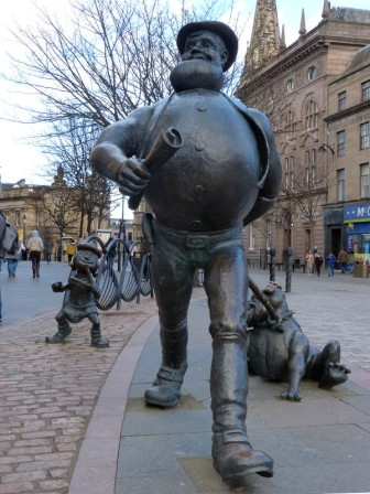 Desperate Dan (and Minnie the Minx)