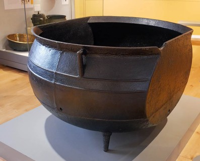 Whaling pot