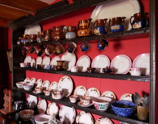 Farmer's crockery