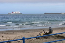 Monday evening - arrival of Ben-my-Chree