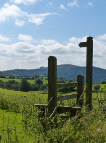 The way to Heath Mynd