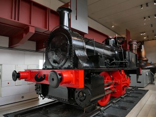 Fourth Floor: locomotives
