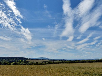 Wispy sky - view to Brown Clee