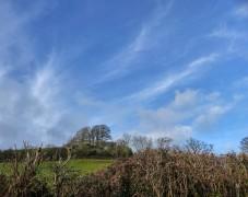 Cirrus over Round Hill