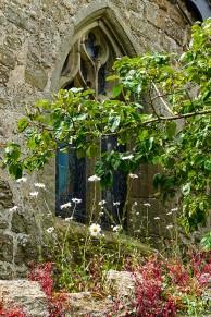 Kenley churchyard wall